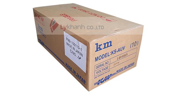 thùng chứa sản phẩm máy cắt vải đứng KM-AUV